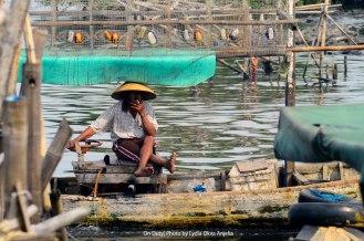 On duty - Seorang nelayan di Kamal Muara, Jakarta.